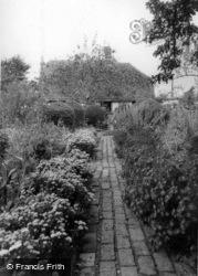 Drusillas Old English Garden c.1955, Berwick
