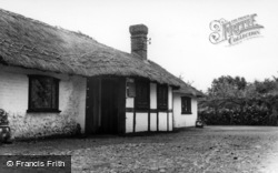 Berwick, The Tea Barn, Drusillas c.1965