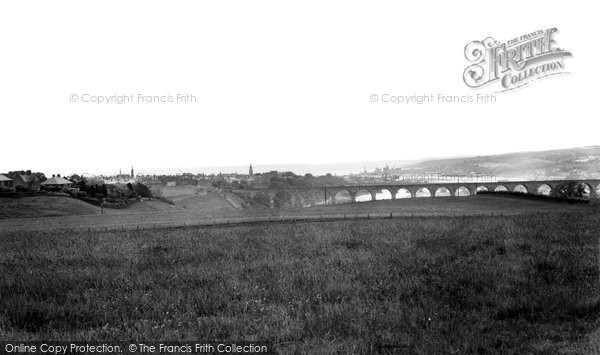 Photo of Berwick-Upon-Tweed, Distant View c1960, ref. B305046