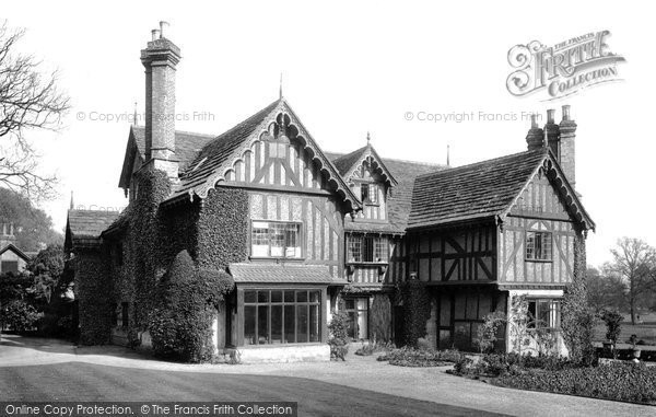 Photo of Betchworth, More Place 1906