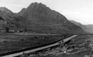 Bethesda, Tryfan c.1955