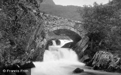 Old Bridge c.1890, Betws Garmon