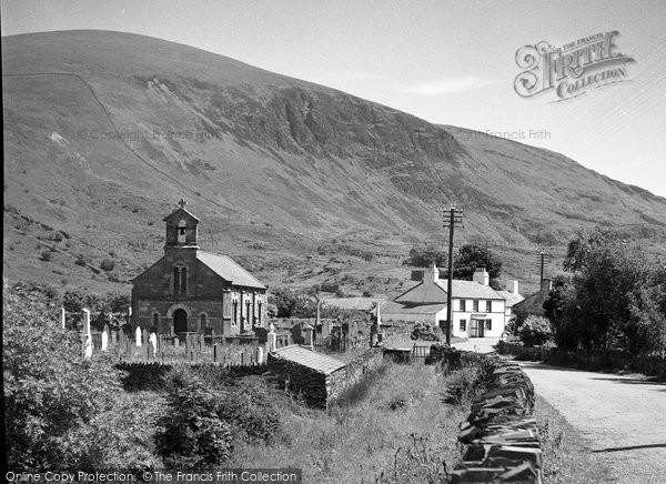 Betws Garmon, The Church 1952
