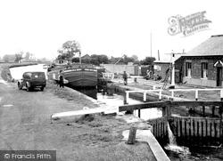 The Lock c.1960, Beverley