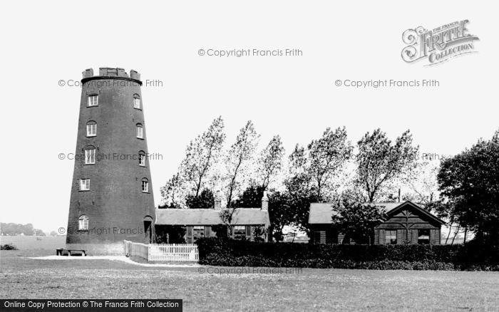 Beverley, Westwood Black Mill 1900