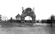 Bexhill, De La Warr Gates 1896