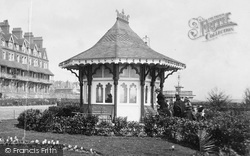 Bexhill, Shelter By The Sackville Hotel 1899