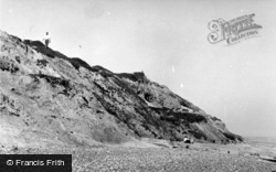 Bexhill, The Cliffs, Glyn Gap c.1960