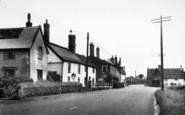 Beyton, The Main Road c.1960
