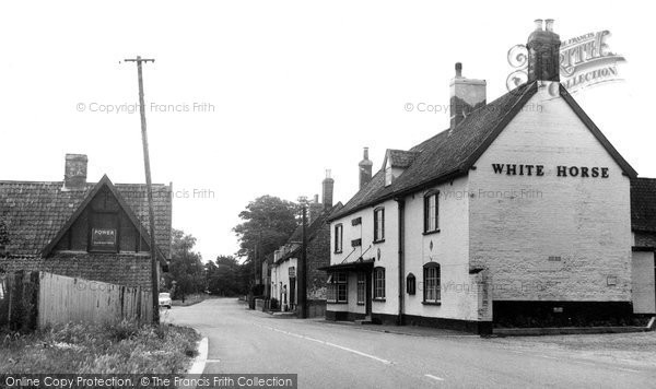 Beyton, The White Horse Inn c.1960