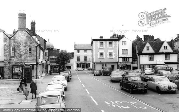 Photo of Bicester, Market Square c.1965