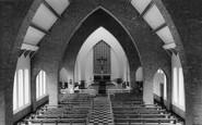 Bicester, St Mary's Catholic Church Interior c.1960