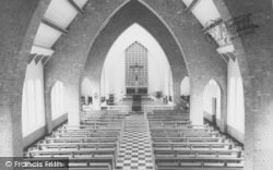 Bicester, St Mary's Catholic Church Interior c.1960