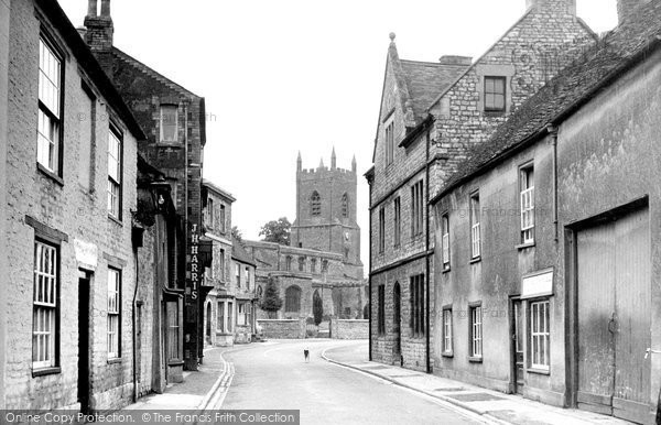 Bicester, The Causeway And St Edburg's Church 1950