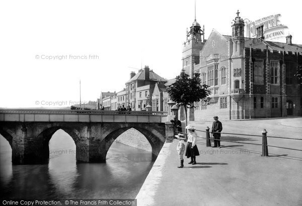 Photo of Bideford, Bridge and Free Library 1906