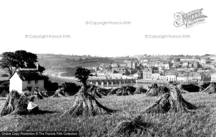 Bideford, Bridge 1890.  (Neg. 24792)  © Copyright The Francis Frith Collection 2008. http://www.francisfrith.com