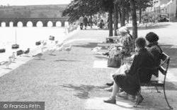 Bideford, Feeding The Gulls c.1955