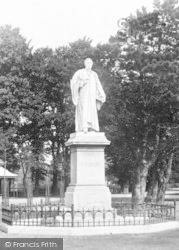 Bideford, Kingsley Statue 1907