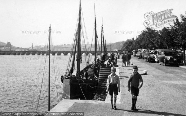 Bideford, On The Quay 1933