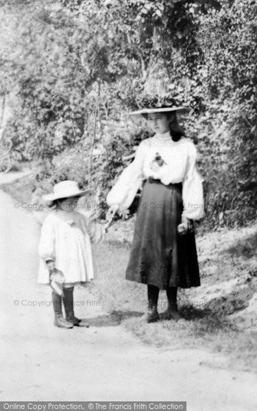 Bideford, Sisters 1906