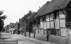 Bidford-on-Avon, Old Cottages 1899