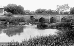 Bidford-on-Avon, The Bridge And White Lion 1899
