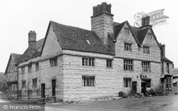 Bidford-on-Avon, The Old Falcon Tavern c.1955