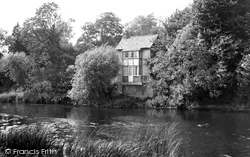 Bidford-on-Avon, The River And The Nest c.1955