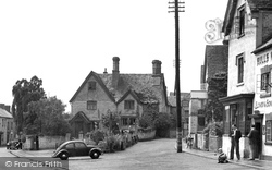 Bidford-on-Avon, The Village Shop c.1955