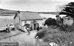 Bigbury-on-Sea, The Pilchard Inn, Burgh Island c.1959