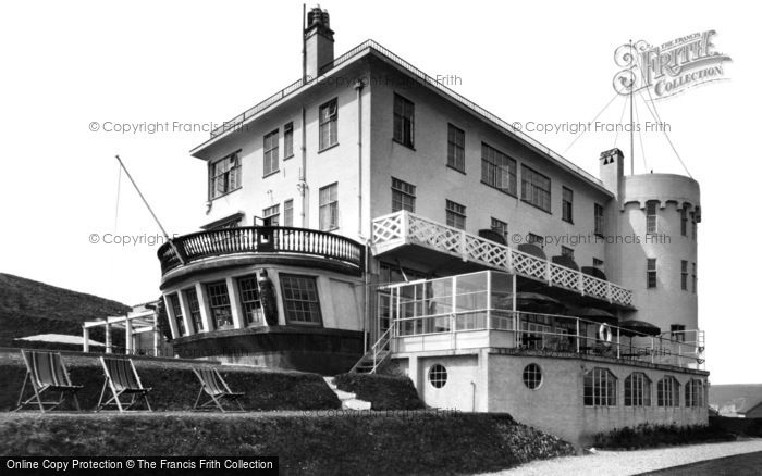 Bigbury-on-Sea, The Terrace, Burgh Island Hotel c.1933