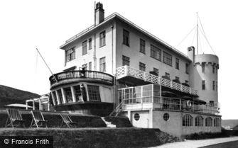 Bigbury-on-Sea, the Terrace, Burgh Island Hotel c1933