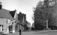 Billericay, Chapel Street And War Memorial c.1950