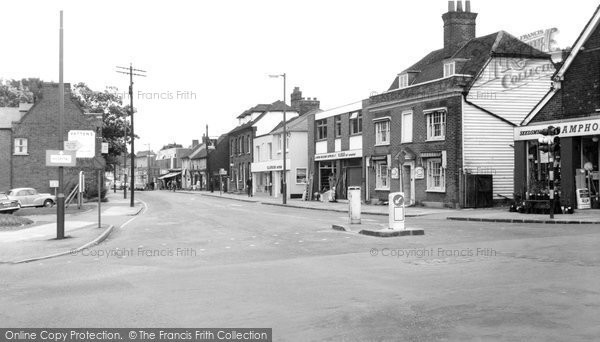 Billericay, High Street And Crossroads c.1965