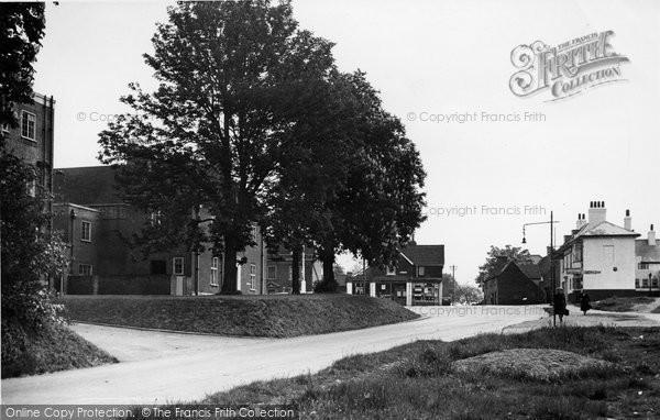 Billericay, London Road c.1955