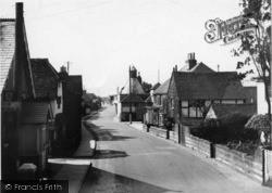 Billingshurst, High Street c.1950