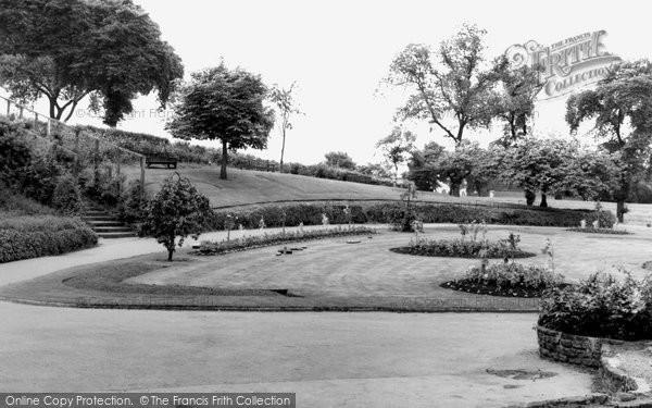 Bilston, Hickman Park c.1965