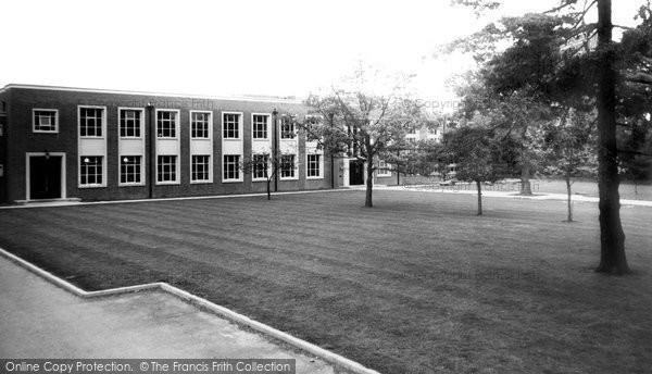Binfield, Salisbury Hall c.1960