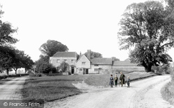 The Stag And Hounds 1892, Binfield