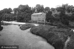 Bingley, River Aire And Weir 1923