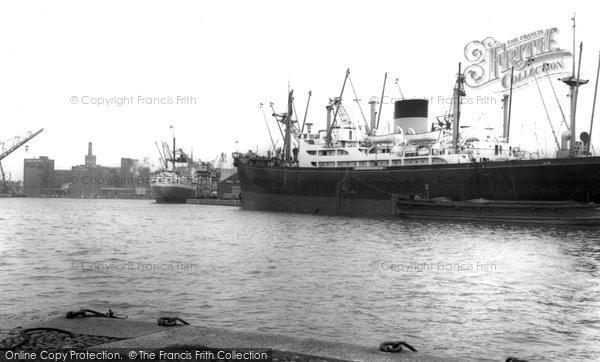 Birkenhead, Docks c.1965