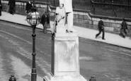 Birmingham, John Skirrow Wright Statue 1896