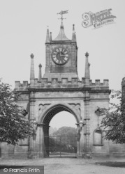 Bishop Auckland, Castle Gateway 1898