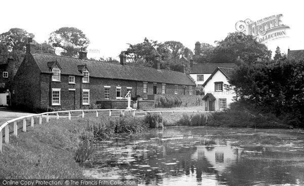 Bishop Burton, the Pond c1955
