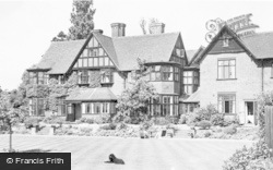 Bishop's Stortford, Foxley Hotel  c.1965