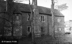 Bishop's Waltham, Palace c.1960