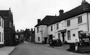 Bishop's Waltham, the Mafeking Hero, Bank Street c1955
