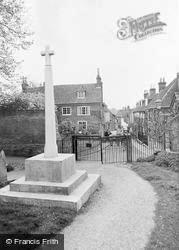 Bishop's Waltham, War Memorial And St Peter's Street c.1955