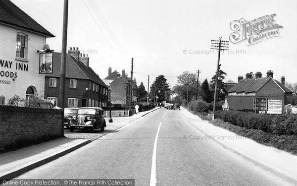 Photo of Bishop's Waltham, Winchester Road c.1955