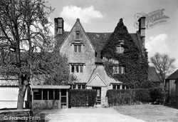 Bishops Cleeve, Eversfield House c.1955